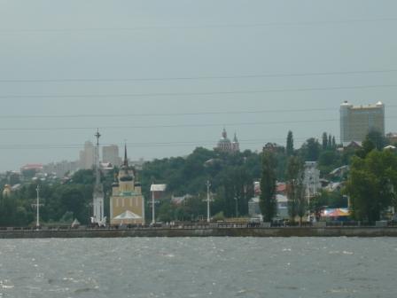 Вид с воды на Адмиралтейскую площадь.