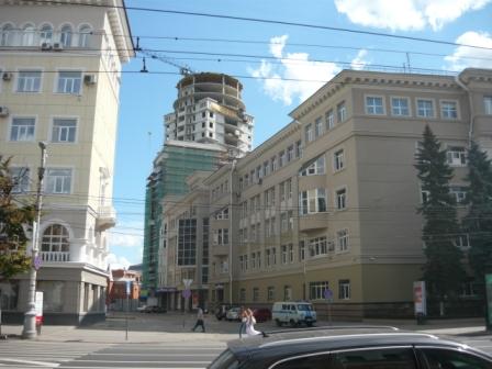 Новостройки за центральным телеграфом (Управление связи).
